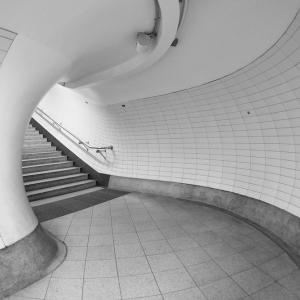 Round the bend (Embankment Tube Station)